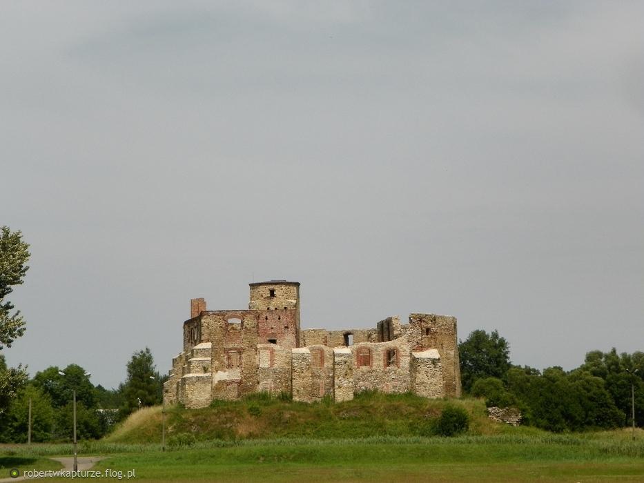 Siewierz, powiat będziński, województwo śląskie: ruiny zamku biskupów krakowskich, z XIV wieku....,