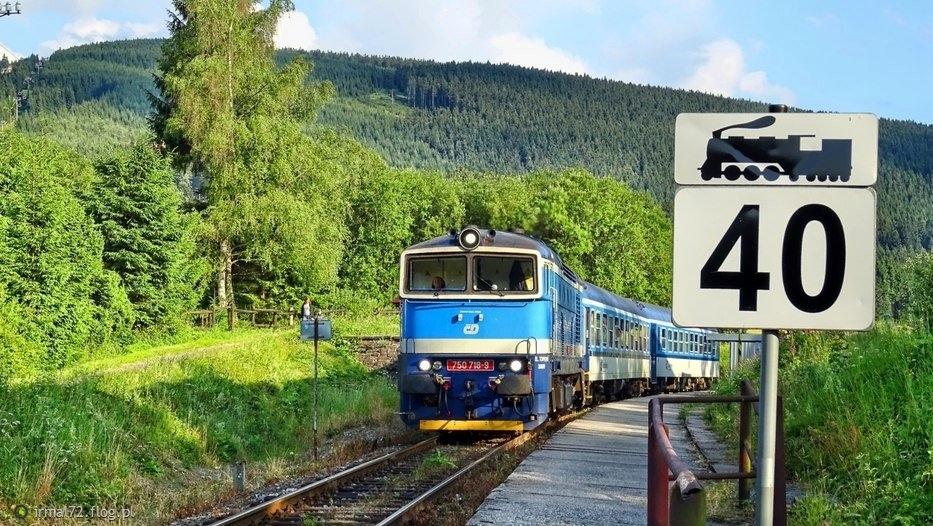Ramzova najwyżej położona stacja CD (760 m n.p.m.), pociąg Zabreh-Jesenik