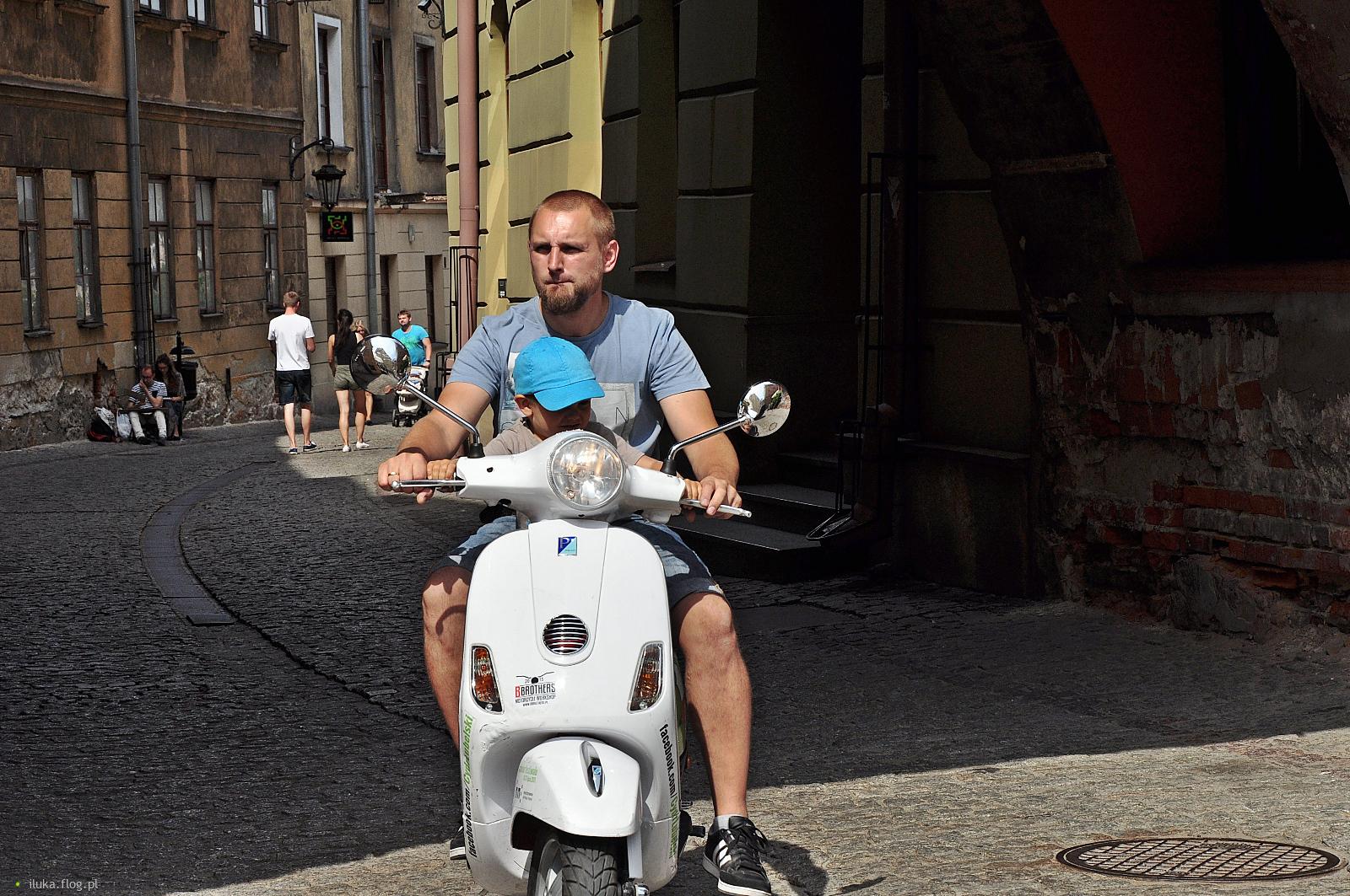 Liroy z synem na wakacjach we Włoszech?