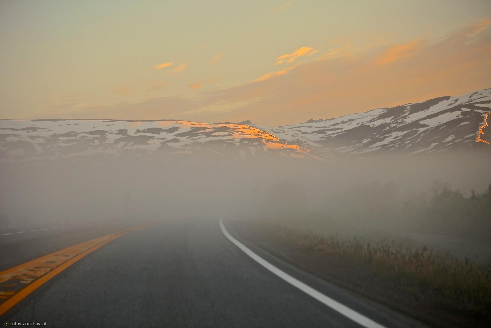 dzień polarny  droga do Narwiku
