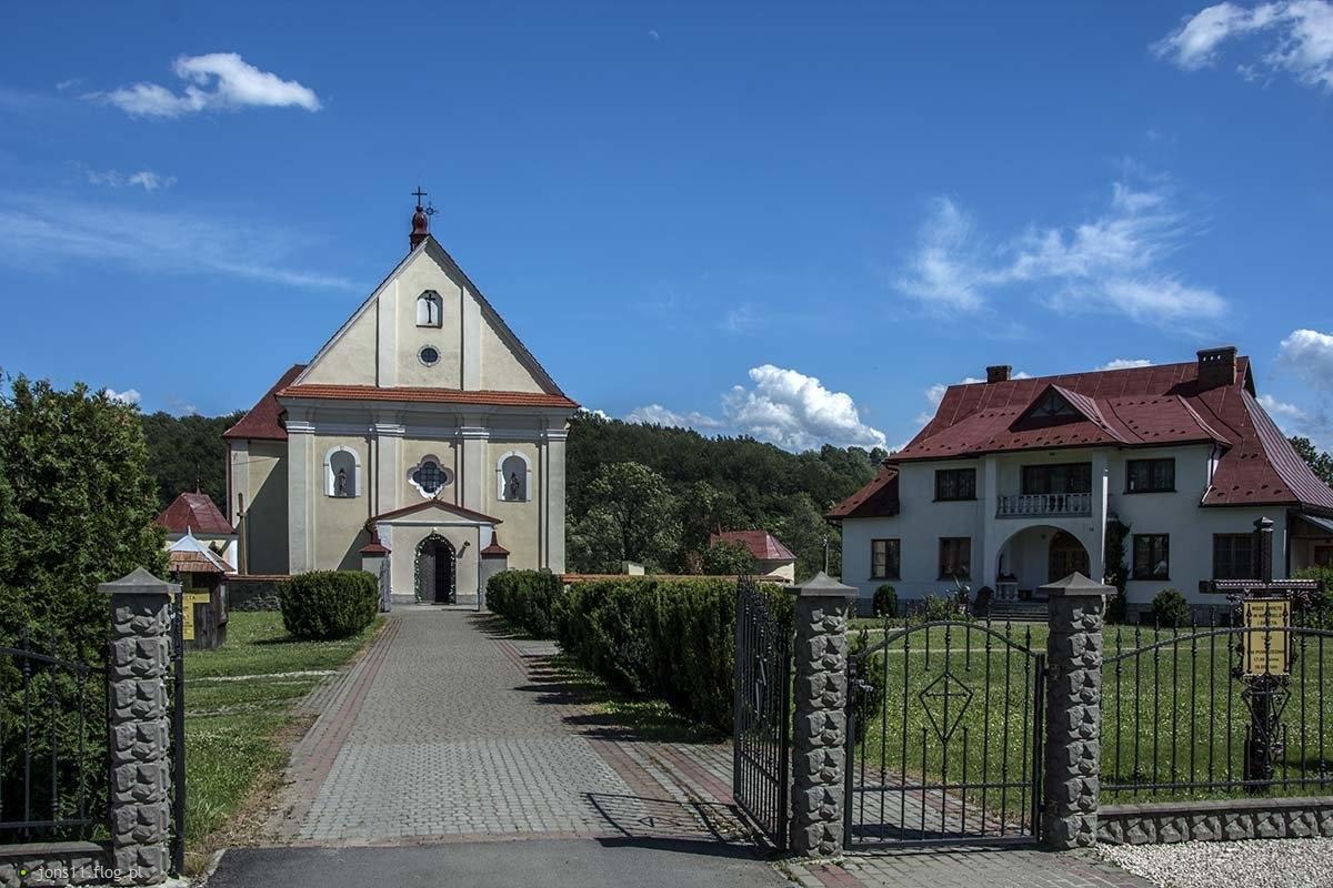 Kosciół pw. Świętej Anny w Hoczwi   Bieszczady...