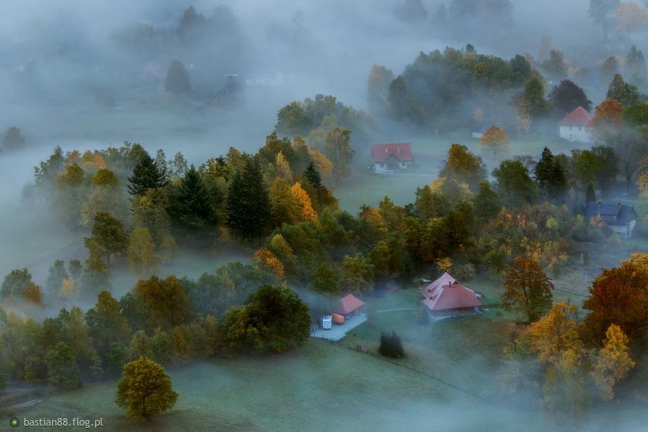 W porannej mgle...