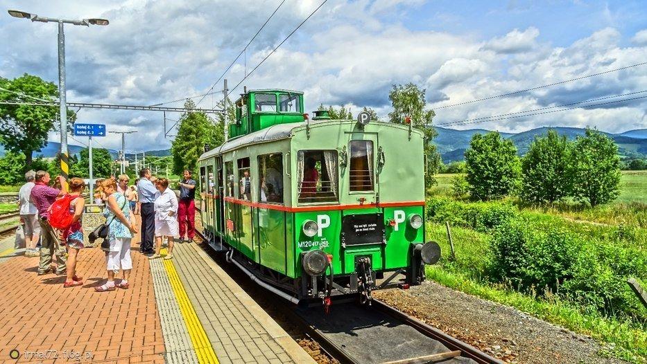 """M120 """"vezak""""(kabina maszynisty w wieży) na stacji Velke Losiny"""