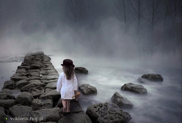 http://s23.flog.pl/media/foto_middle/12039047_we-mgle.jpg