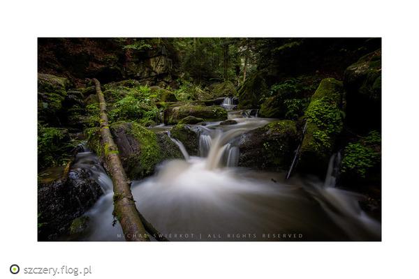 http://s23.flog.pl/media/foto_middle/12055581_resovke-vodopady.jpg