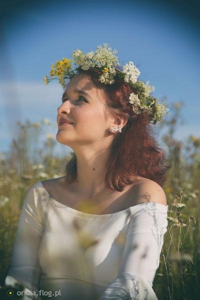 http://s23.flog.pl/media/foto_middle/12078382_daria--.jpg
