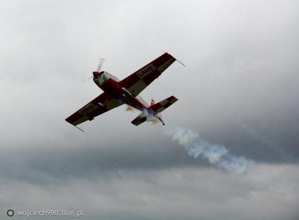 http://s23.flog.pl/media/foto_middle/12126393_piknik-lotniczy-bielsko-biala-02092017-dzien-pierwszy--.jpg