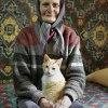 Pani z kotkiem