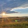 Zachód słońca z owieczkam<br />i na wypasie z owieczkami