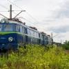 ET22-645 :: Duet zimnych Byków odpocz<br />ywa na bocznicy stacji Pu<br />ławy Azoty.   14.07.2017 <br />r. Puławy Azoty.
