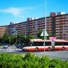 Autobus numer 315 i najdł<br />uższy budynek w Polsce
