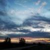 Zachód Słońca :: Takie kolorowe niebo :)  <br />Widzimy drogę krajową nr <br />7