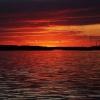 Słońce już zaszło...i tyl<br />ko czerwień wielka po nim<br /> na niebie...